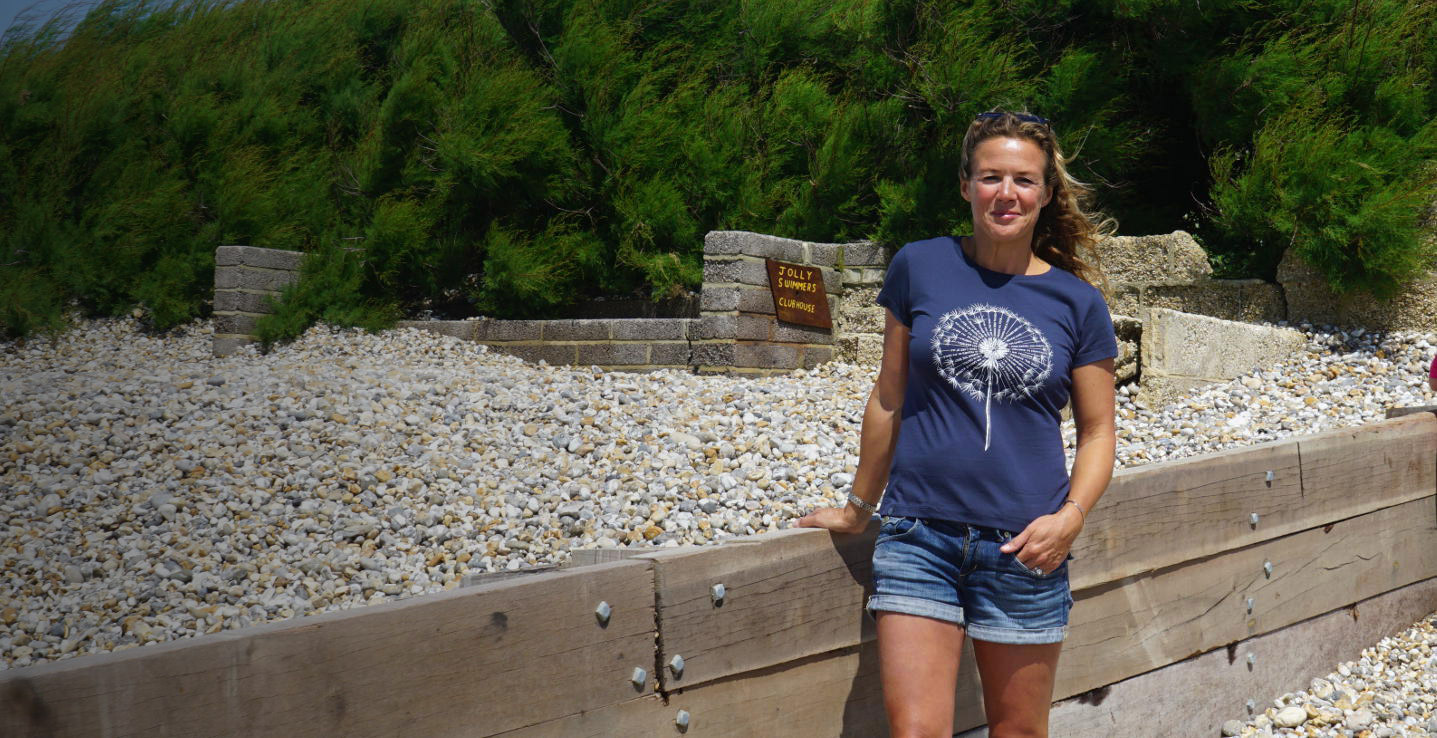 Dandelion affirmation T-shirt in navy, organic cotton.